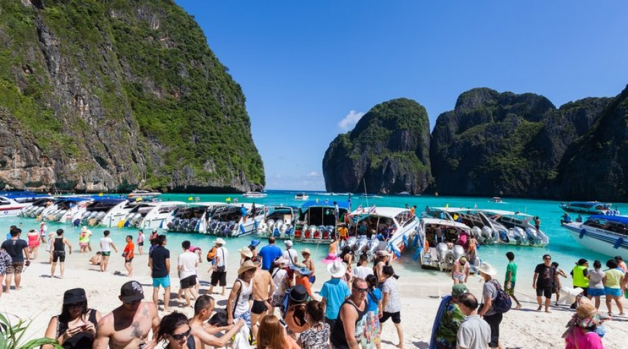 causes of overtourism